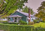Location vacances Logan - Fayetteville Home in Historic District, Walk Dwntn-1