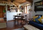 Location vacances Baschi - Charming cottage with pretty garden full of fruit trees-4