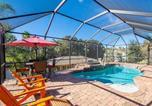 Location vacances Palm Coast - Splashing Dolphins, 3 Bedrooms, Private Pool, Pet Friendly, Wifi, Sleeps 9-1
