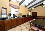Hôtel Tupelo - America's Best Value Inn and Suites-4