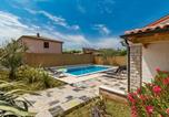 Location vacances Vodnjan - Holiday house Tina with a private pool-4