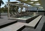 Hôtel Acapulco - Ramada by Wyndham Acapulco Hotel & Suites-1