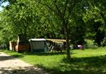 Camping avec Piscine Joyeuse - Camping Les Platanes-4