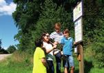 Location vacances Rotenburg an der Fulda - Detached bungalow with oven, located in a wooded area-4