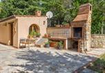 Inviting Farmhouse in San Venanzo with Garden