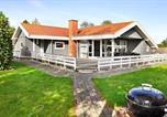 Location vacances Juelsminde - Three-Bedroom Holiday home in Juelsminde 26-1