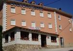 Location vacances Royuela - Apartamentos Jucar - Hotel Rural-1