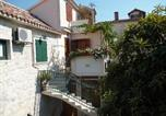 Location vacances Trogir - Apartments and rooms Ivica J-1