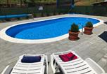 Location vacances Rakovica - Apartment Ostarski Stanovi-1