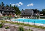 Location vacances Egliseneuve-d'Entraigues - Apartment Le Bois de la Reine.1-3