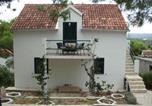 Location vacances Milna - Vila Violeta-1