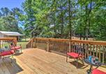 Location vacances Alexander City - Lagrange Cabin with Private Dock on West Point Lake!-3