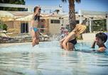 Location vacances  Italie - Riva Marina Resort-1