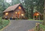 Location vacances Chilliwack - Holiday Home 67mf Private Cabin near Silver Lake-1
