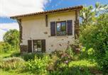 Location vacances Hautefort - Stylish Cottage in Savignac-Ledrier with Terrace-3
