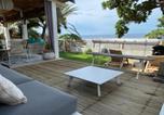 Location vacances  Réunion - Villa 'Corail Bleu' les pieds dans l'eau-4