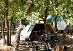 Camping avec Piscine couverte / chauffée Saint-Saturnin-lès-Apt - Domaine des Chênes Blancs-3