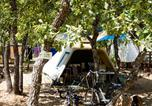 Camping Cadenet - Domaine des Chênes Blancs-3