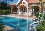 Location vacances Soulac-sur-Mer - Holiday Home Rue Gambetta-1