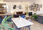 Location vacances Sigalens - Loft renovation with a private garden-2
