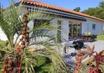 Hôtel Biscarrosse - L'entrelacs chambre d'hôtes avec piscine ,proche golfs et bassin d'Arcachon-1