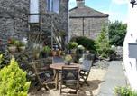 Location vacances Austwick - Riverside Cottage-4
