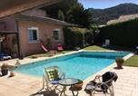 Location vacances Lagnes - Agréable Maison de Vacances avec Piscine Privée, située à Robion au cœur du Luberon, avec une jolie vue, 8 personnes, Ls2-293 Pasco-1