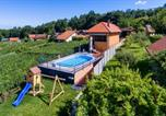 Location vacances Prelog - Awesome home in Jalzabet w/ Outdoor swimming pool and 2 Bedrooms-2