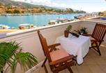 Location vacances Rab - Apartment with 2 bedrooms in Rab with wonderful sea view enclosed garden and Wifi 300 m from the beach-3