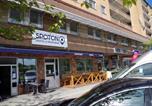 Hôtel Suède - Spoton Hostel & Sportsbar-3