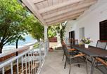 Location vacances Posedarje - Holiday Home Marin-1