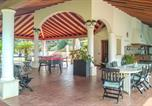 Location vacances Ispica - Awesome home in Ispica with Outdoor swimming pool, Wifi and 4 Bedrooms-2