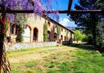 Location vacances  Province d'Arezzo - Agriturismo Antico Borgo Poggitazzi-1