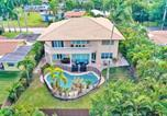 Location vacances Hollywood - Stunning 6 Bedroom Home/Close to Beach w/ Heated Pool-2