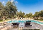 Location vacances Martano - Carpignano Salentino Holiday Home Sleeps 5 with Pool and Air Con-3