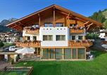 Location vacances Selva di Val Gardena - Apartments Burvel-1