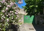 Location vacances Cadarcet - Studio au Coeur du Village avec terrasse et parking proche de Pamiers-3