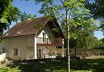Location vacances  Indre - Quaint Hoilday Home in Faverolles with Pool and Pond-3