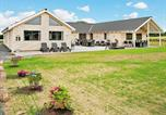 Location vacances Asperup - Eight-Bedroom Holiday home in Bogense-1