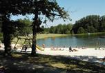 Camping avec Piscine couverte / chauffée Pujols - Camping du Lac de Lislebonne-1
