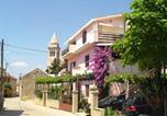 Location vacances Pakoštane - Apartments Ana&Nešo-1