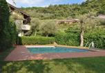 Location vacances Torri del Benaco - Apartment San Remo With Pool-2