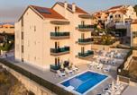 Location vacances Postira - Apartments Blueview-1
