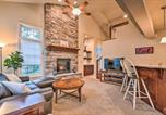 Location vacances Lake Harmony - New! Updated Townhome Steps from Big Boulder Lake!-1