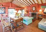 Location vacances Benamahoma - Nice home in Benamahoma w/ 5 Bedrooms and Outdoor swimming pool-2