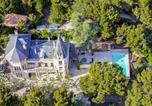 Location vacances Beaumes-de-Venise - Vacqueyras Chateau Sleeps 12 Pool Wifi-1