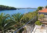 Location vacances Milna - Apartment Milna 733a-1