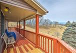 Location vacances Wytheville - Cozy Mountain Cabin Wraparound Deck and Views!-3