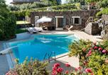 Location vacances Santa Maria di Licodia - Villa Milia Villa Sleeps 4 Pool Air Con Wifi-1