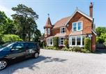 Location vacances East Grinstead - The Lawn Guest House Gatwick-1
